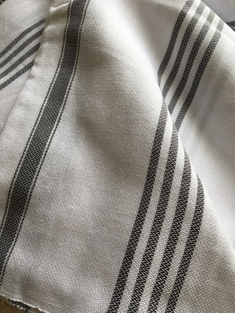 HAMAM-HANDDUK - WHITE WITH DUSTY FOG STRIPES